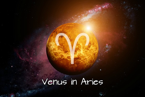 Venus in Aries: Fast Love!